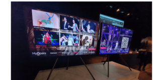 foto de Smart TV de Samsung con cartelera de contenidos del Teatro Real