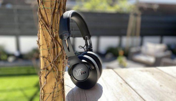 Auriculares con cancelación de ruido