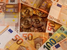 Billetes y criptomonedas