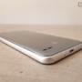 Con 69.3 mm de ancho y 8.1 mm de espesor, el LG Q6 cabe perfectamente en una sola mano