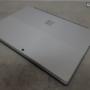 Microsoft Surface Pro 2017 detalles cara posterior
