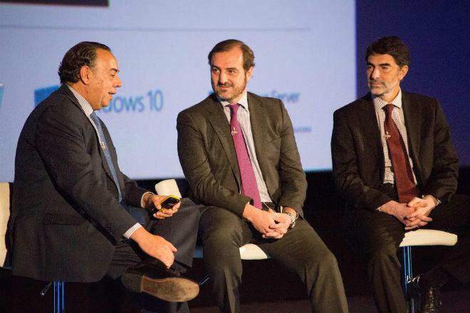 Ricardo Labarga, Consejero Delegado Dell Spain; Carlos Clerencia, Director Enterprise y Alianzas Intel Iberia y Ángel Sáez de Cenzano, Director de la División de Plataforma Desarrollo e Innovación de Microsoft.
